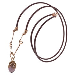18 Karat Rose Gold Gr. 8.00, Diamond Carat 0.28, Amethyst Carat 12.7, Necklace