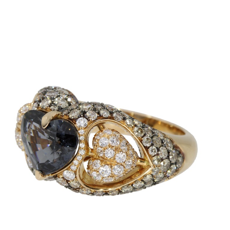 Contemporary 18 Karat Rose Gold Heart Blue Spinel and Diamond Engagement Ring For Sale