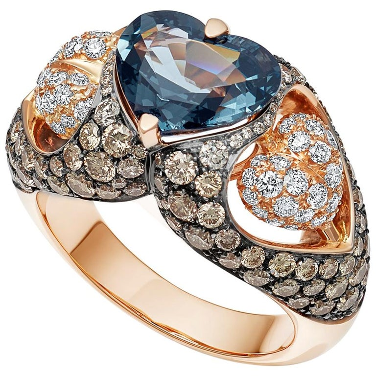 18 Karat Rose Gold Heart Blue Spinel and Diamond Engagement Ring For Sale