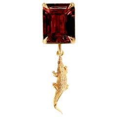 18 Karat Rose Gold Mesopotamia Contemporary Pendant Necklace with Rhodolite