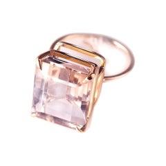 18 Karat Rose Gold Ring with 6.4 Carat Morganite