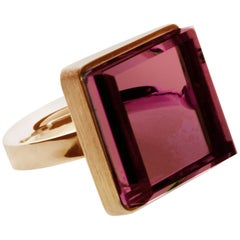 18 Karat Rose Gold Ring with Laboratory Grown Ruby