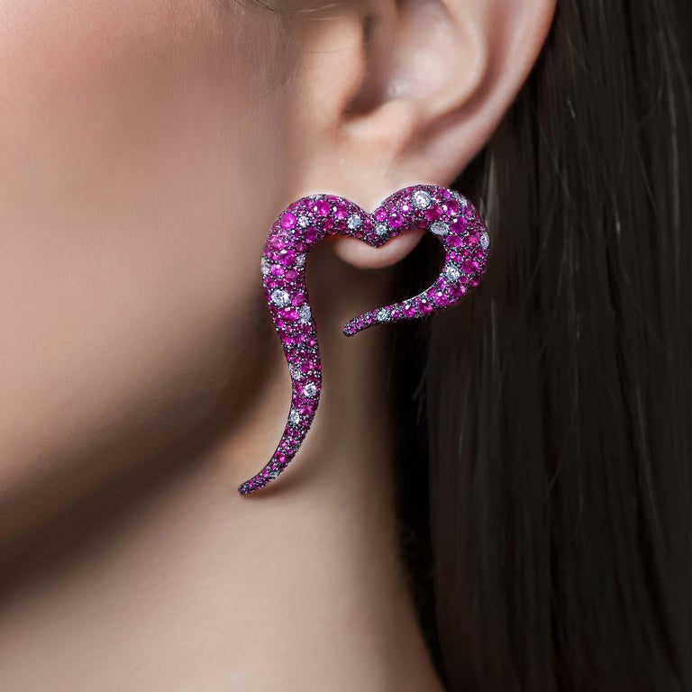 Round Cut 18 Karat Rose Gold, White Diamonds and Rubies Heart Shaped Earrings For Sale