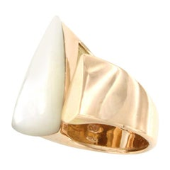18 Karat Rose Gold with Mother of Pearl Ring