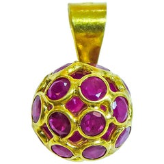 18 Karat Ruby Balls Ladies Pendant