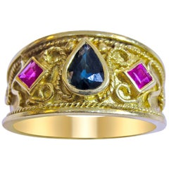 18 Karat  Vintage Sapphire and Ruby Ladies Ring