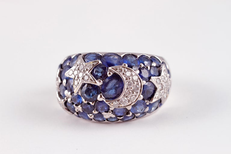 18 Karat Sapphire Diamond Moon and Stars Ring by Kanaris In Good Condition In Dallas, TX