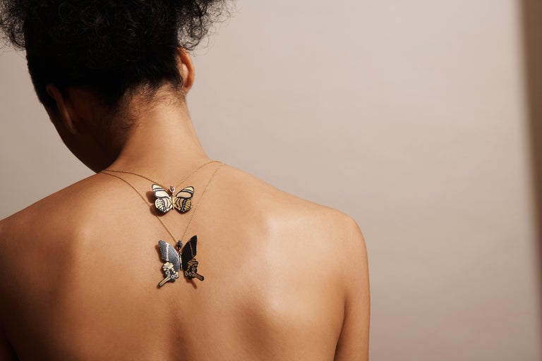 Contemporary 18 Karat Shakudo Callicore Butterfly Hinge Necklace For Sale