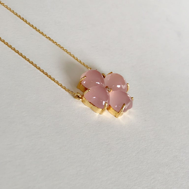 Women's 18 Karat Solid Yellow Gold Pink Chalcedony Clover Pendant Necklace For Sale