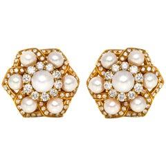 18 Karat Star Clip-On Pearl and Diamonds Earrings