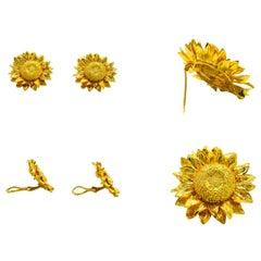 18 Karat Sunflower Ear Clip/Brooch Set Signed with Marker Mark