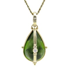 18 Karat Temple St Clair Peridot Pear-Shaped Amulet and Locket