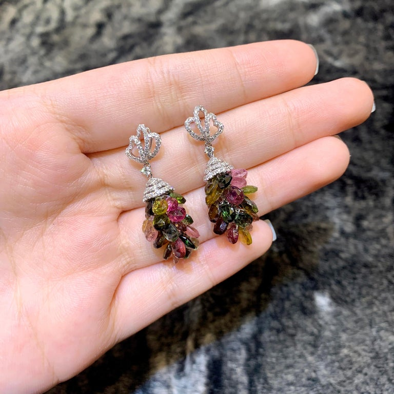 18 Karat Tourmaline and Diamond Cocktail Earring In New Condition For Sale In Hung Hom, HK