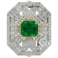 Art Deco Style Colombian Emerald Diamond White and Yellow Gold Brooch