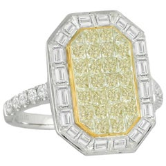 18 Karat Two-Tone Gold Cocktail Fashion Ring with Baguette and Yellow Diamonds