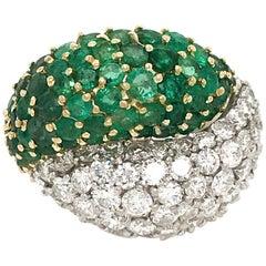 18 Karat Two-Tone Gold Emerald and Diamond Yin and Yang Ring
