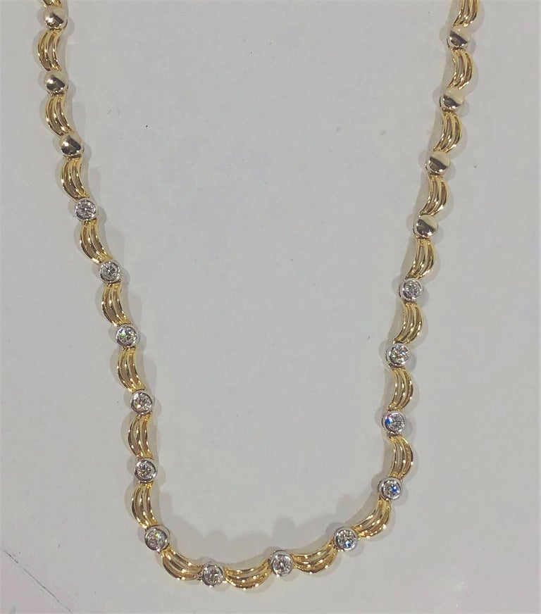 18 Karat Two-Tone Yellow/ White Gold and 1.0 Carat Diamond Fancy Link Necklace For Sale 2