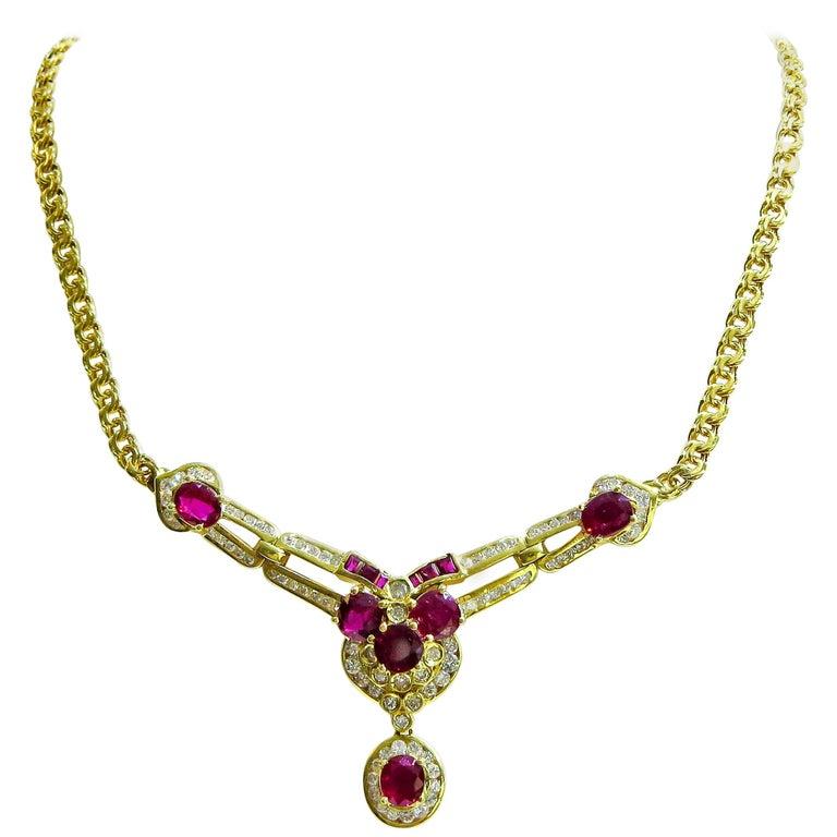 18 Karat Vintage Diamond and Ruby Ladies Necklace For Sale