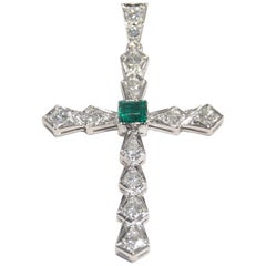 18 Karat Vintage Diamond Emerald Cross Pendant White