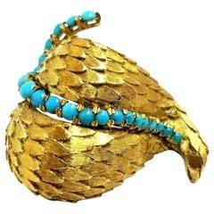 18 Karat Vintage Stacking Petals Natural Turquoise Brooch Pin