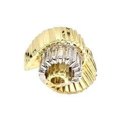 18 Karat Vintage Swirl Baguette Diamond Ring