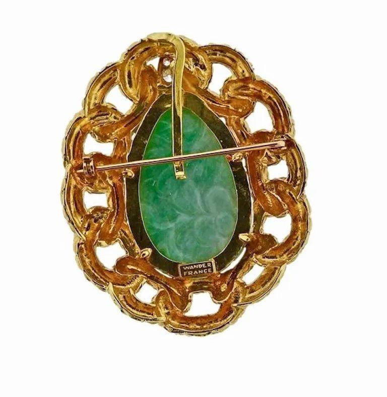 18 Karat Wander Midcentury Retro Large Diamond Jade Pin Brooch In Excellent Condition For Sale In Shaker Heights, OH