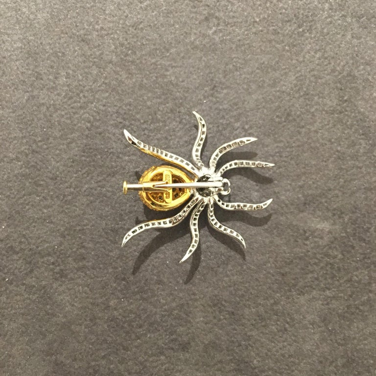Round Cut 18 Karat WG Spider Brooch with 1.00Ct Diamonds and 1.97Ct Yellow Sapphires For Sale