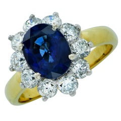18 Karat White and Yellow Gold Sapphire and Diamond Ring