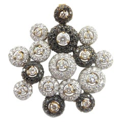 18 Karat White and Rose Gold Black & White Diamond Exquisite Round Latis Pendant