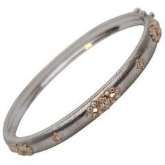 18 Karat White and Rose Gold Modern Link Bracelet Bangle in Florentine Finish