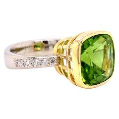 18 Karat White and Yellow Gold Cushion Cut Peridot Ring with White Diamonds
