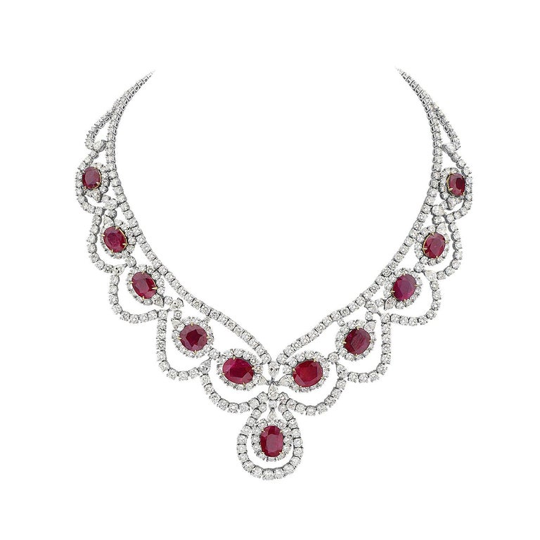 18 Karat White and Yellow Gold Diamond and Ruby Necklace For Sale