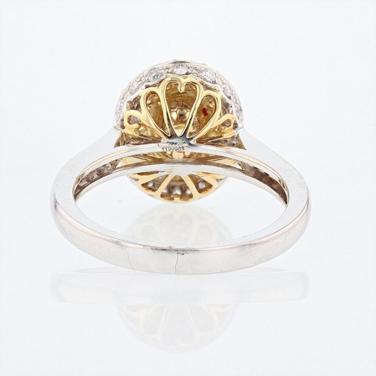 18 Karat White and Yellow Gold GIA Certified Fancy Light Yellow Diamond Ring In New Condition In Houston, TX