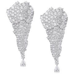 18 Karat White Diamond Gold Drop Earrings