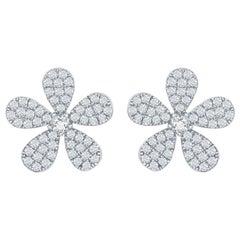 18 Karat White Flower Shaped Diamond Earrings
