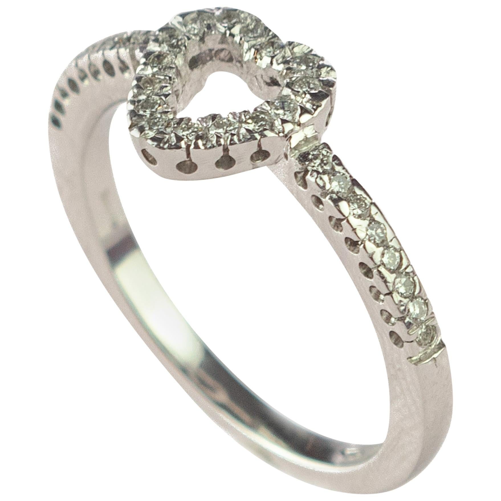 18 Karat White Gold 0.27 Carat Diamond Love Heart St Valentine Fashion Ring