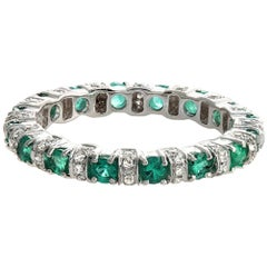 18 Karat White Gold 0.32 Carat Diamonds and 0.89 Emerald Wedding Band Ring