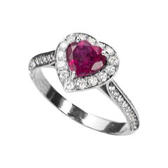 18 Karat White Gold 0.50 Karat White Diamonds Ruby Heart Engagement Ring