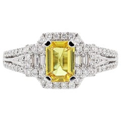 18 Karat White Gold 1.07 Carat Emerald Cut Yellow Sapphire Diamond Ring