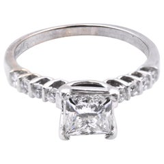 18 Karat White Gold 1.10 Carat Diamond Engagement Ring