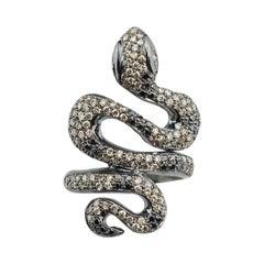 18 Karat White Gold 1,90 Karat Brown & Black Diamonds Snake Cocktail Design Ring