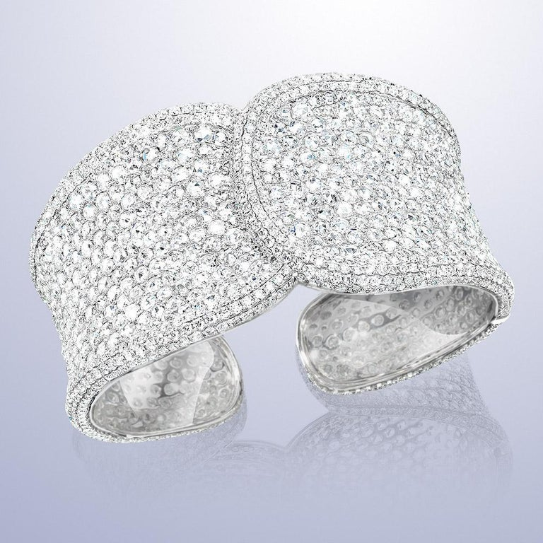 18 Karat White Gold, 19.42 Carat Rose Cut Diamond Cuff In New Condition For Sale In New York, NY