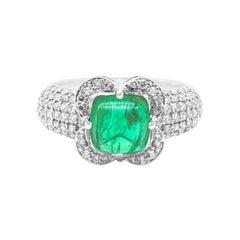 18 Karat White Gold 2.08 Carat Emerald Sugarloaf and Diamond Cluster Ring