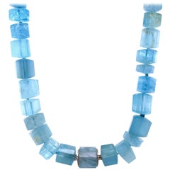 18 Karat White Gold 215 Carat Trillion Aquamarine Necklace