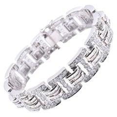 18 Karat White Gold 21.55 Carat Baguette and Round Diamond Link Bracelet