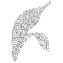18 Karat White Gold 2.36 Carat Diamond Leaf Brooch