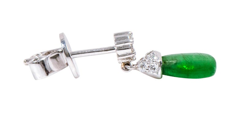 18 Karat White Gold 3.80 Carat Natural Emerald and Diamond Drop Earrings For Sale 2