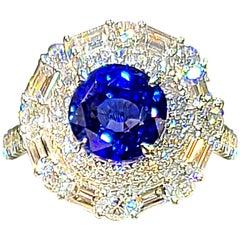 18 Karat White Gold 4.17 Carat Sapphire Diamond Ring