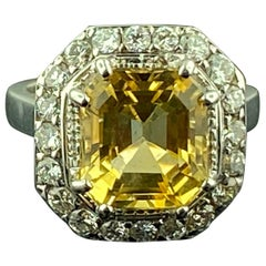 18 Karat White Gold 4.84 Carat Citrine and Diamond Ring