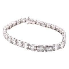 18 Karat White Gold 5.60 Carat Diamond Mosaic Tennis Bracelet